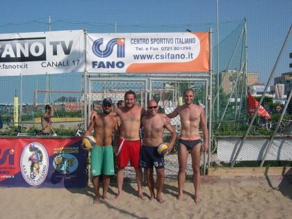 """24 le coppie di atleti per il """"beach-volley CSI"""""""