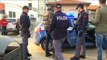 Donna rapinata a Pesaro. Arrestati i due presunti autori