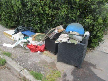 Abbandono di rifiuti in aumento, Reginelli: «Aset tiene alta la guardia»